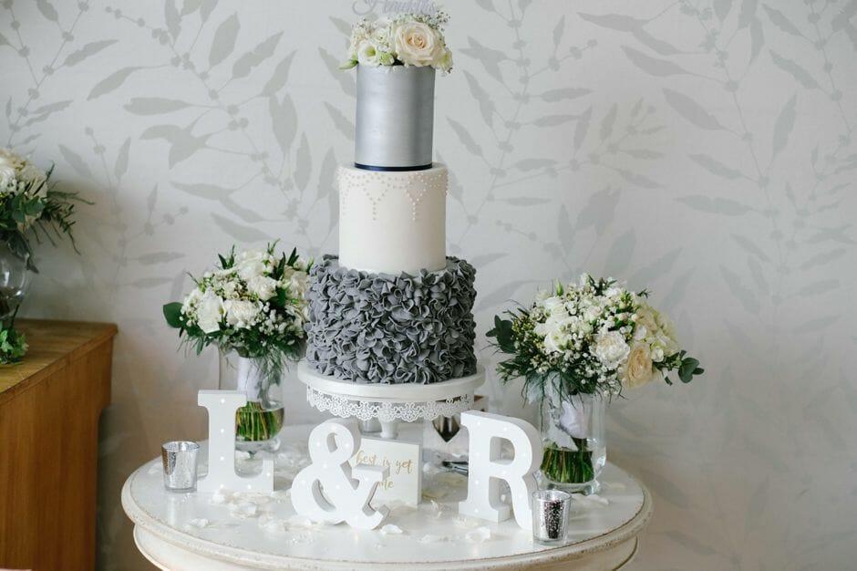cake old walls
